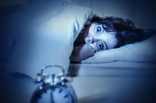 ¿Te has despertado alguna vez aterrado sin poder moverte en lo más mínimo?