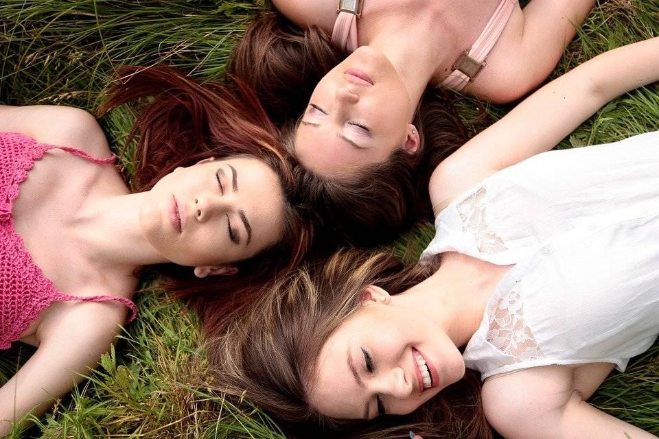 Los beneficios que te produce tener un amigo