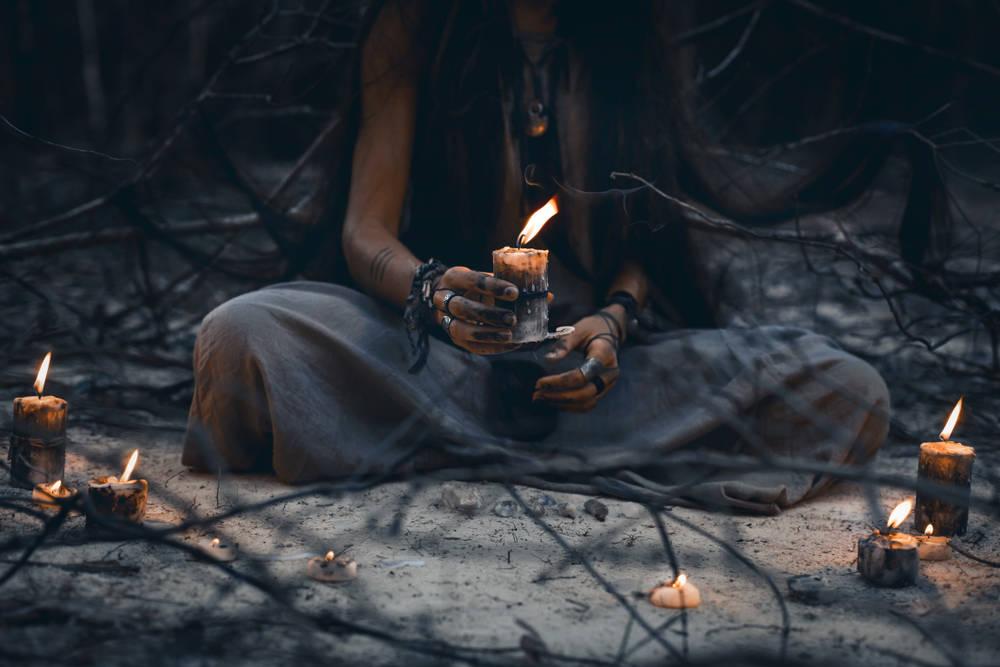 Estos signos prueban que eres una bruja, ¿los tienes?