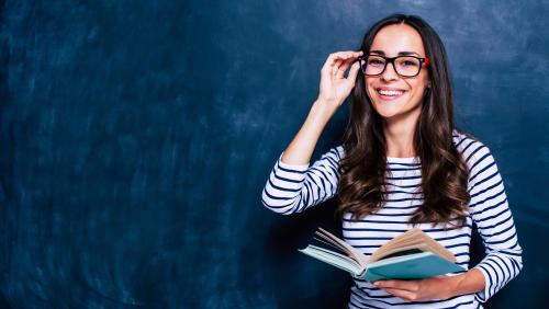 Gana 60 mil pesos enseñando español en Canadá