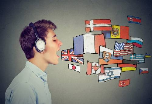Afirman que las personas que hablan dos idiomas tienen cerebros más sanos