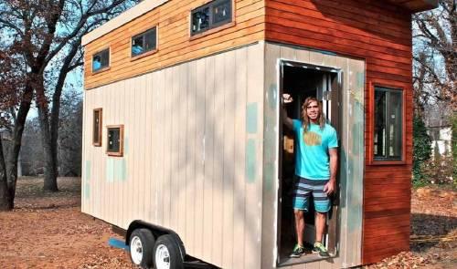 Estudiante hace su propia casa para no gastar en renta, mide 14 m y es increí..