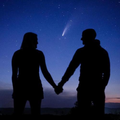 brillante-cometa-acompano-hombre-proponer-matrimonio-novia-astros-3-1