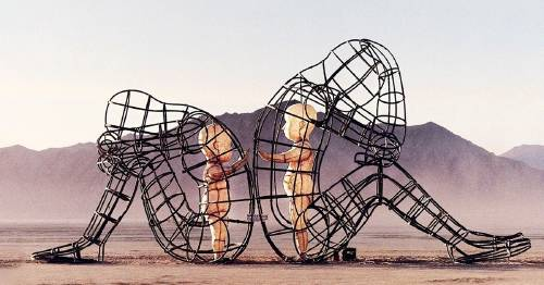 20+ esculturas impresionantes que transmiten un poderoso mensaje