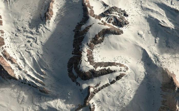 Conoce la asombrosa montaña con la silueta de una mujer dormida