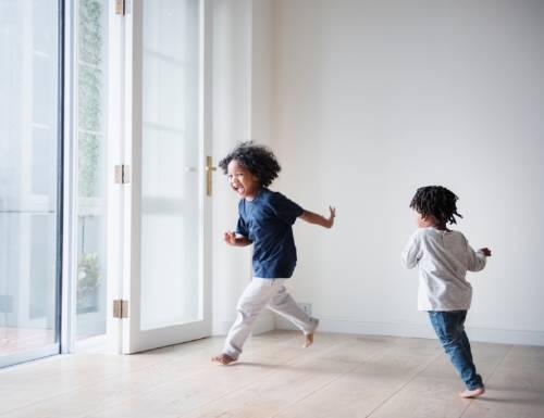Descubre estos ejercicios de respiración para calmar a niños traviesos