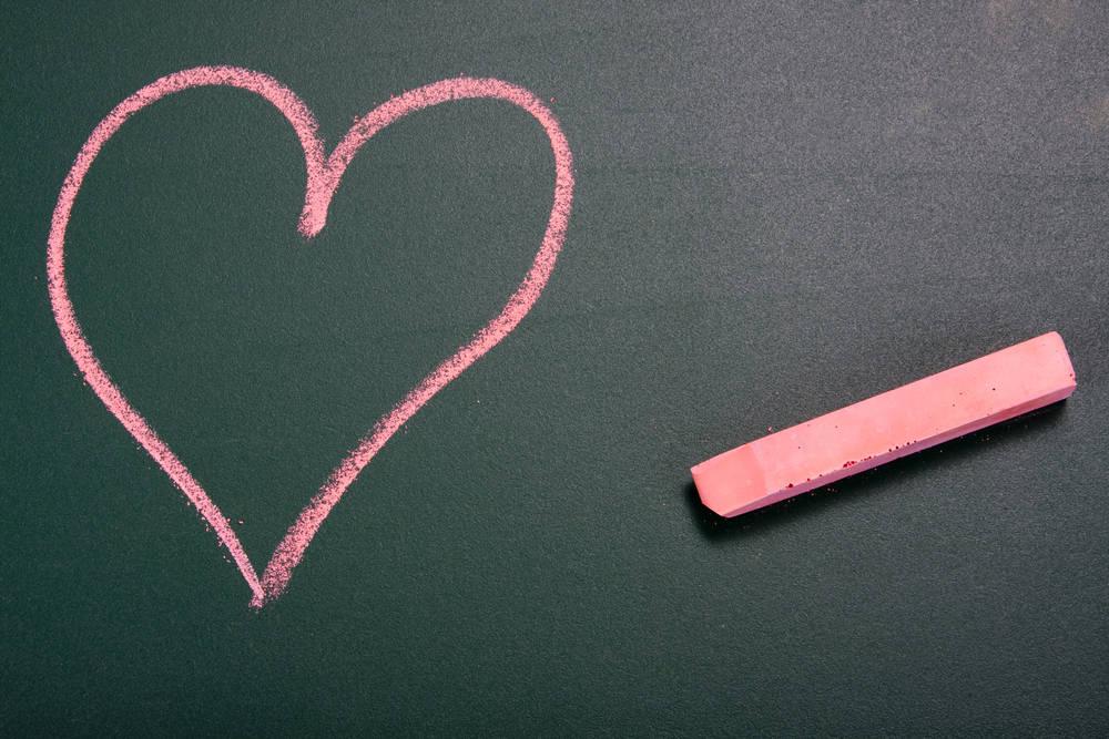 El amor de esta maestra superó las barreras de la cuarentena