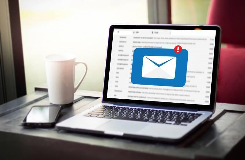 Conviértete en superhéroe: borra tus emails y salva a la Tierra