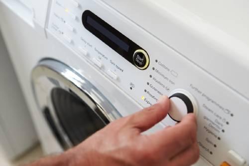 ¡Sorprendente! Descubre estos 5 objetos que puedes meter en la lavadora y no lo sabías
