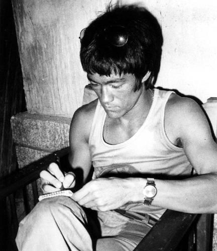 Ésta era la rutina de ejercicios mentales de Bruce Lee para fortalecer el esp..