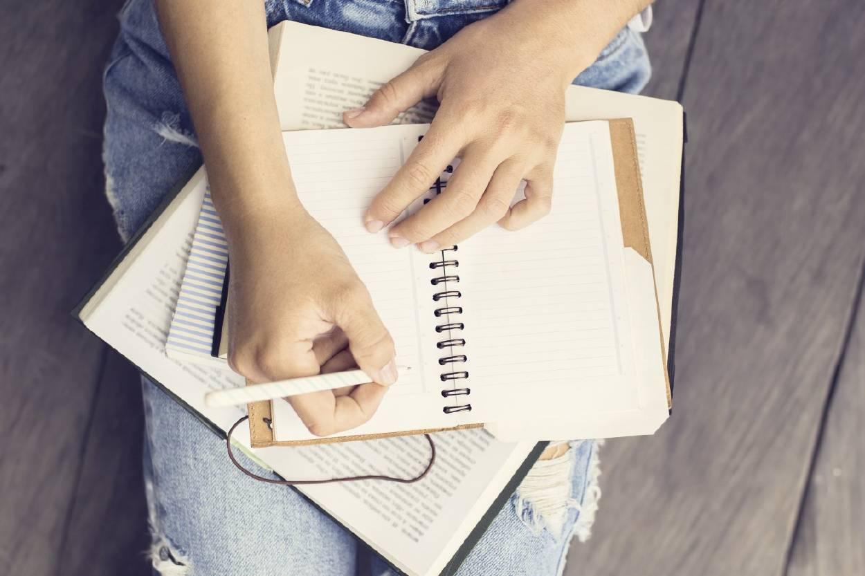 Extraños hábitos que mejorarán tu rutina en este 2019