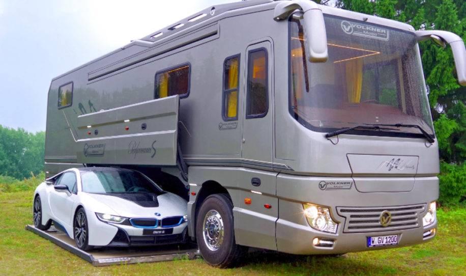 Imágenes del interior de la caravana más lujosa del mundo, tiene hasta su pr..