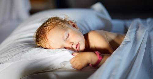 Técnica 4-7-8 para que un niño se duerma en un minuto