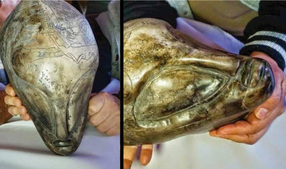 México muestra artefactos aztecas de hace más de 100 años por primera vez