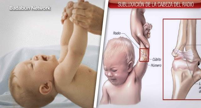 Muchos padres alzan a sus bebés de esta manera, sin embargo podría afectar a..