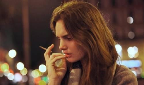 6 cosas que una mujer siente cuando deja de amar a un hombre