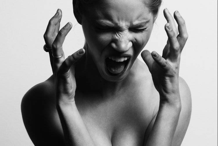 ¿Te molesta el ruido que hace una persona cuando come sopa? Puede que tengas fonofobia