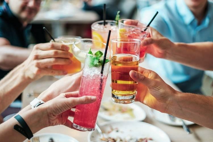 Beber alcohol sin tener resaca ya es posible