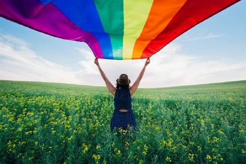 Las mejores 5 canciones de amor gay que quizá no conocías