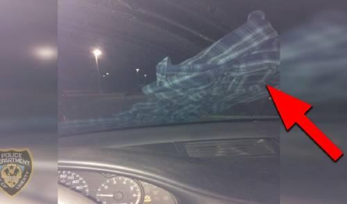 Cuando veas ropa en el parabrisas de tu vehículo, no la toques y márchate de..