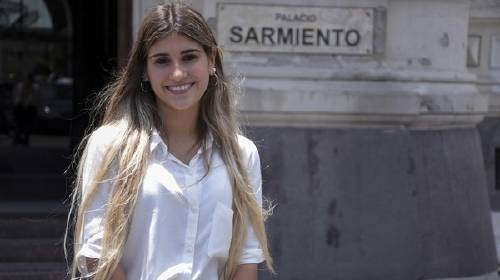 La joven que terminó el colegio sin faltar jamás en 15 años