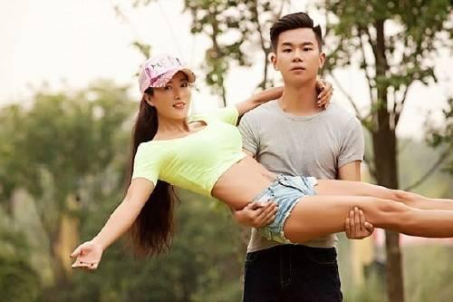 Esta mujer china tiene 50 años pero parece de 20. ¿Cómo hace?